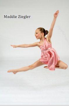 I want to meet Maddie Ziegler<3