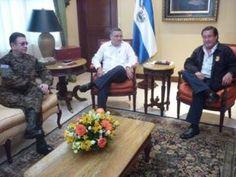 """Fiscal General da por """"superadas"""" diferencias con Munguía Payés: Fue un malentendido.  Leer más: http://www.lapagina.com.sv/nacionales/84714/2013/07/24/Fiscal-General-da-por-superadas-diferencias-con-Munguia-Payes-Fue-un-malentendido"""