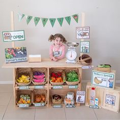 DIY Market Stand for Dramatic Play, DIY and Crafts, DIY Market Stand for Dramatic Play - Little Lifelong Learners. Kids Market, Play Market, Kids Play Store, Kids Role Play, Pretend Play, Kids Grocery Store, Dramatic Play Centers, Dramatic Play Area, Play Shop