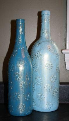 Imagem de frascos de vinho decorativas e reciclados