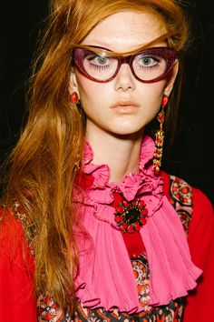 The Best Backstage Photos From New York Fashion Week Fall 2018 Girls With Glasses, Vogue Magazine, Cute Pink, New York Fashion, Pretty Dresses, Backstage, Bohemian Style, Most Beautiful, Fashion Beauty