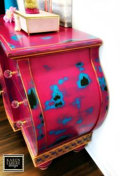 Refurbished furniture dresser tv consoles 37 ideas for 2019 Funky Painted Furniture, Refurbished Furniture, Paint Furniture, Repurposed Furniture, Furniture Projects, Furniture Makeover, Cool Furniture, Reuse Furniture, Furniture Logo