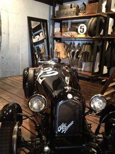 Alfa Romeo - vintage car or bike in a classy garage Velo Vintage, Vintage Racing, Vintage Cars, Antique Cars, Vintage Shops, Auto Retro, Retro Cars, Classic Trucks, Classic Cars