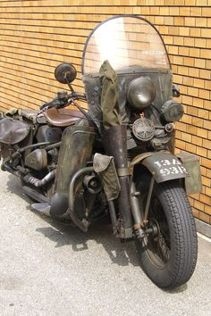 Old School Motorcycles, Hd Motorcycles, Kawasaki Motorcycles, Scrambler Motorcycle, Vintage Motorcycles, Harley Davidson Wla, Harley Davidson Motorcycles, Vw Vintage, Vintage Bikes