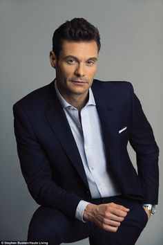 Good eye: Ryan Seacrest revealed how he recruited the Kardashians to create… Ryan Seacrest, Casual Outfits, Men Casual, Celebrity Scandal, Short Hair Styles Easy, Celebrity Hairstyles, Famous Faces, Haircuts For Men, Cool Eyes