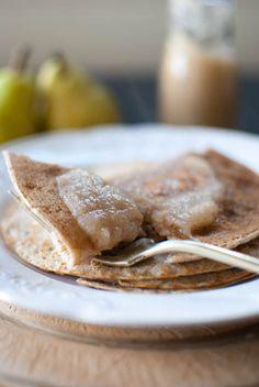 @thejingleheimer Buckwheat and spelt pancakes with chai poached pear and cardamom sauce whaaaaaaaaaaaaaa!