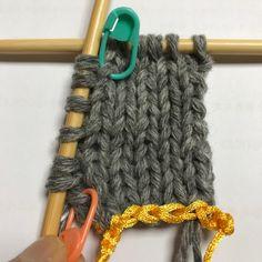 스웨덴 자작~ 1번째 블록 시작하기 : 네이버 블로그 Knitted Bags, Crochet Bags, New Crafts, Diy And Crafts, Knitting Patterns Free, Free Pattern, Knit Fashion, Chrochet, Baby Dress