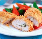 Slimming World Chicken kiev - one of my daughters favourite meals! Slimming World Chicken Kiev, Slimming World Tips, Slimming World Dinners, Slimming World Recipes, Healthy Eating Recipes, Healthy Foods To Eat, Real Food Recipes, Diet Recipes, Cooking Recipes