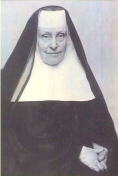 Sr Susan South Freaner   Sister of the religious order, Educator, Civil War Nurse. She was born in Hagerstown, Maryland and was the daughter of Henry and Sarah Chambers Freaner. She moved to southwest Ohio and was educated at the Ursuline School and Convent in St. Martin, Brown County, Ohio. She returned to her home in Maryland upon completion of her studies when the Civil War began. American Civil War, American History, Warriors Game, Female Warriors, Daughter Of The Regiment, Nuns Habits, Hagerstown Maryland, Brown County, Guild Wars
