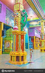 The colorful interior of Matale Hindu Temple – Stock Editorial Photo © efesenko #147908905 Asian Architecture, Hindu Temple, Editorial Photography, Colorful Interiors, Sri Lanka, Oriental, Sculptures, Carving, Stock Photos