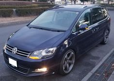 Monospace, Seat Alhambra, Vw Sharan, Car Volkswagen, Cartoon Characters, Cars And Motorcycles, Luxury Cars, Golf, Vehicles