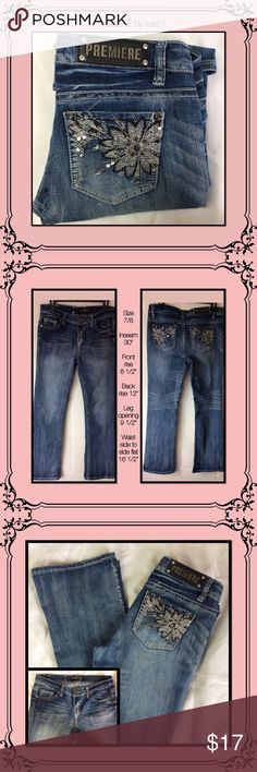 rue21 super cute jeans EUC// no missing gems// no frying.in mint condition Rue 21 Jeans