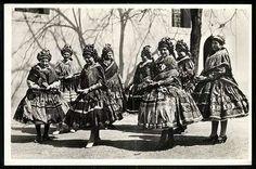 Sárközi népviselet | Képeslapok | Hungaricana Folk Dance, Europe, Culture, Costumes, Painting, Clothes, Outfits, Clothing, Dress Up Clothes