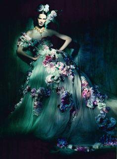 Dolce & Gabbana Alta Moda Spring/Summer 2014 in Vogue Italia March 2014 by Paolo Roversi