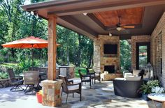 Love the outdoor living space!
