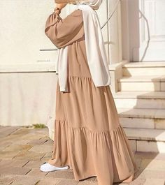 Hijab Fashion Summer, Modest Fashion Hijab, Modesty Fashion, Abaya Fashion, Hijab Casual, Long Skirt Fashion, Muslim Women Fashion, Islamic Fashion, Mode Turban