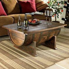 Aqui, o barril é usado na posição deitado, também cortado ao meio. O tampo de madeira contribui para um aspecto mais rústico. Do Decozilla.