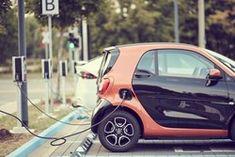 La start-up Echion, relayée par Electrek, annonce avoir mis au point une nouvelle batterie pour voiture électrique capable d'être chargée en 6 minutes seulement. Une belle promesse qui doit encore se frotter à la réalité du marché avant de crier victoire.