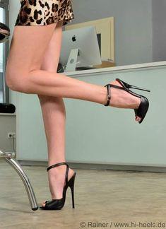 Tattoo ankle men high heels ideas for 2019 Sexy Legs And Heels, Hot High Heels, High Heel Boots, High Sandals, Pantyhose Heels, Stockings Heels, Talons Sexy, Beautiful High Heels, Spike Heels