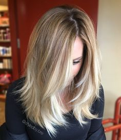 """39 Likes, 3 Comments - Bre Sweeney (@styledby.bre) on Instagram: """"That cream soda glow though 🌟  #balayage #paintedhair #creamsoda #creamsodahair #rootyhair #rooty…"""""""