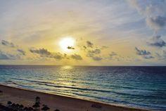 Breathtaking mornings from your balcony... #SaturdayMorning  Impresionantes mañanas desde tu balcón... #SandosCancun