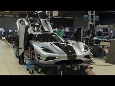 Carbon Fiber Construction - /Inside Koenigsegg - YouTube