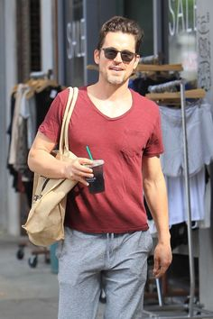 White Collar Quotes, Good Looking Actors, Matt Bomer, Hot Guys, How To Look Better, Husband, Mens Fashion, Celebrities, Mens Tops