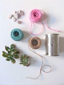 beachcomber: simple macrame diy Macrame Plant Holder, Macrame Plant Hangers, Macrame Projects, Craft Projects, Craft Ideas, Cute Crafts, Diy And Crafts, Garden Bunting, Diy Planters