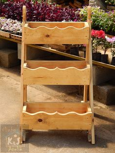 Pallet Projects, Projects To Try, Garden Deco, Amazing Gardens, Kitchen Remodel, Woodworking, Table, Homemade, Furniture