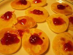 Mini crepes con marmellata di fragole