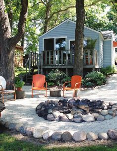 ISSUU - Cedar Valley Home & Garden, Fall 2015 by Waterloo-Cedar Falls Courier