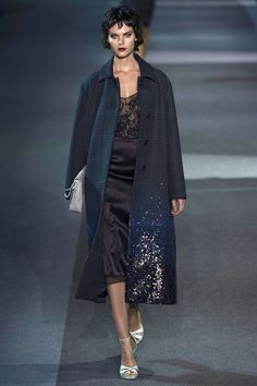 Louis Vuitton Fall 2013 Ready-to-Wear Collection Slideshow on Style.com