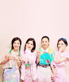 Red Velvet Red Velvet, Style, Fashion, Blue Prints, Swag, Moda, Fashion Styles, Fashion Illustrations, Outfits