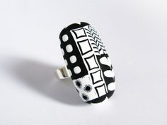 Graphic black and white ring  Sterling by lesfollesmarquises, €47.00