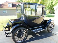 Detroit Electric dedicated to the early electric car and my 1914 model 43 SEMA pictures