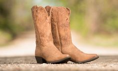 <3 Check out this kicked-up classic: http://www.countryoutfitter.com/style/kicked-classic-cowboy-boot-every-girl-needs/?lhb=style