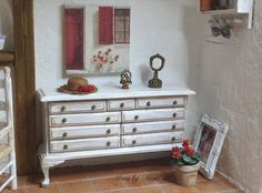 French stile chest of drawers. Dollhouse miniature by MinisbyAngie, €42.00
