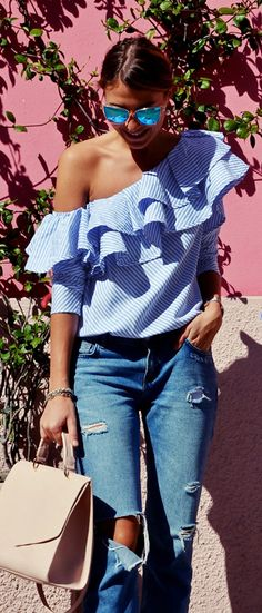 Hold the presses and STOP the party! This ruffle striped top is the statement you'll want to make the next time you go out and steal the show. Swanky One-shoulder Ruffle Top featured by Cristinasurdu Blog