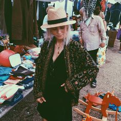 Womens Fashion and Style ideas. Klick to see the Price and shop Boho Fashion, Winter Fashion, Vintage Fashion, Womens Fashion, Beautiful Outfits, Cute Outfits, Vogue, Mode Inspiration, Casual Looks