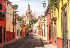 I stayed here for a month in my college days and fell in love with this beautiful city.  The colonial charms of San Miguel del Allende are endless. Located in the Colonial Highlands, the narrow streets lead to lovely parks and plazas. Culture abounds here. Be sure to check out the many festivals that take place in San Miguel.