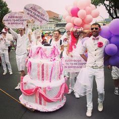Desfile del día de Christopher Street en Berlín, Alemania. El desfile es una celebración anual de LGBT, que pretende aumentar la conciencia de los derechos de las personas lesbianas, gays, bisexuales y transexuales. Foto: AFP