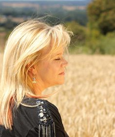 The Story of Eva Cassidy in Word and Song - RIP Beautiful Lady