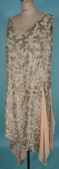 c. 1926 HOUSE OF WEEKS, Paris Silver Sequin and Beaded Crepe Chiffon and Silver Lame Flapper Dress