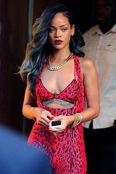 Rihanna – Talk That Talk ♡  We ♡ ♡ ♡ this red printed dress.  #rihanna #candid #rihannadress