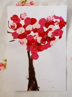 Valentine Tree {Valentine School Crafts} A little paint and a lot of fun are all you need for this fun valentine craft. Valentine Tree, My Funny Valentine, Valentine Day Crafts, Love Valentines, Holiday Crafts, Valentine's Day Crafts For Kids, Toddler Crafts, Crafts To Do, Paper Crafts
