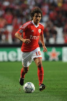 Pablo Aimar..... Pura Magia...... Best Football Players, Good Soccer Players, Football Gif, World Football, Rui Costa, Soccer Gifs, My Dream Team, Uefa Champions League, Best Player