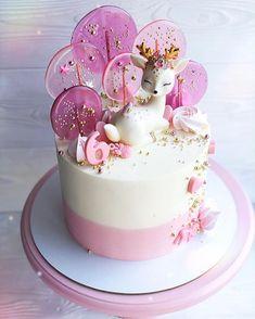 Pretty Cakes, Cute Cakes, Yummy Cakes, Bolo Drip Cake, Drip Cakes, Cute Birthday Cakes, Beautiful Birthday Cakes, Fondant Cakes, Cupcake Cakes