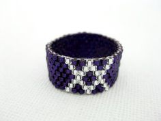 Peyote Ring in Purple and Silver  / Beaded Ring / Size  5, 6, 7, 8, 9, 10, 11…