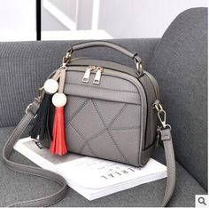 e9f4638682dc3 DIDA BEAR Women Small Leather Shoulder bags Girls Crossbody Messenger bag  Lady Handbag and Purse Femme Sac A Epaule bolso Black. Handtaschen DamenQuer  ...