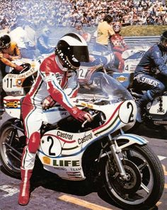Phil Read, Suzuki 1976 colored suit